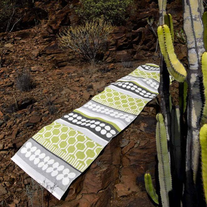 Pappelina Asta Outdoor Teppich Kunststoff