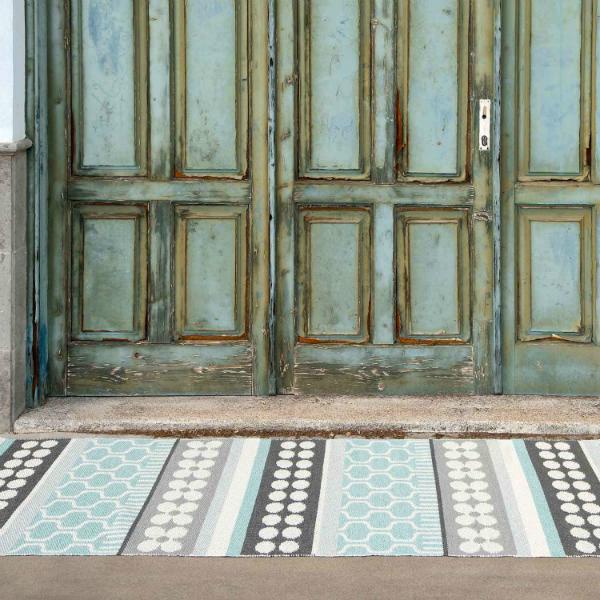 Pappelina Asta Teppich aus hochwertigem Kunststoff