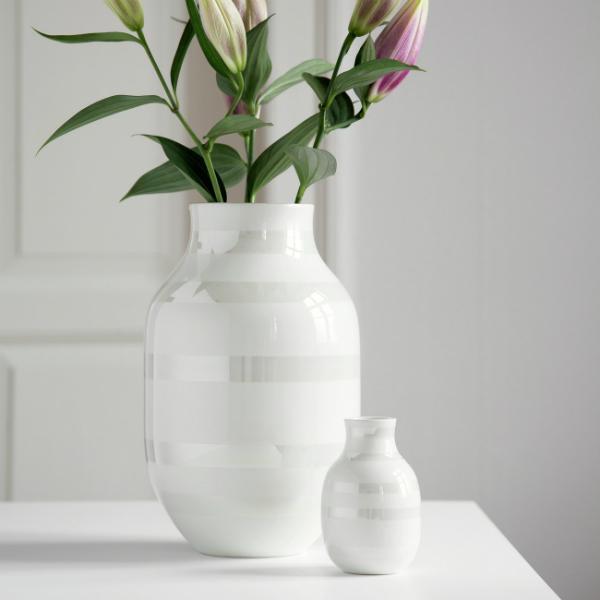 Omaggio Vase klein perlmutt von Kaehler