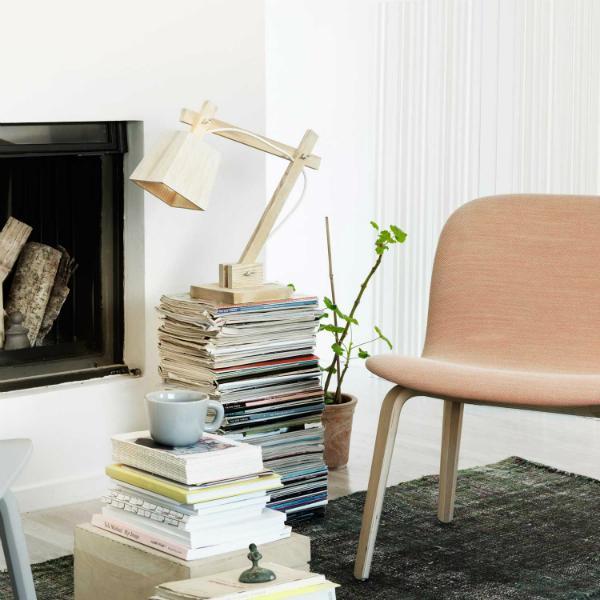 Design-Schreibtischleuchte Wood Lamp von Muuto