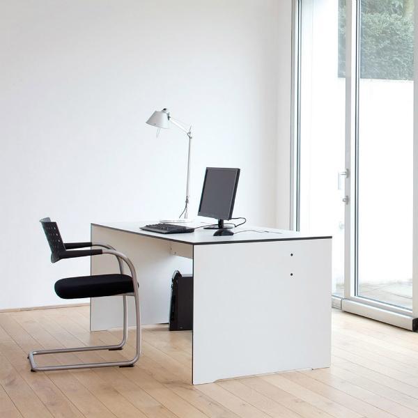 Schreibtisch Riva von conmoto
