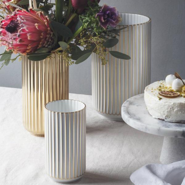 lyngby-porzellan-vase-goldstreifen