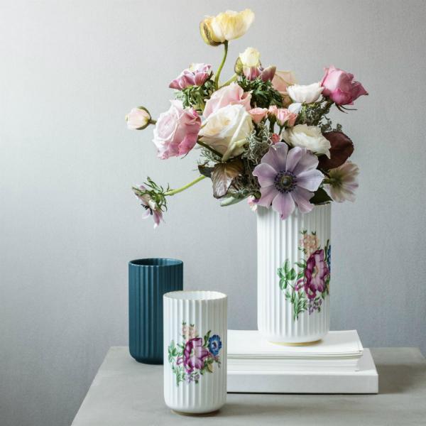 lyngby-porzellan-vase-mit-blumendekoration