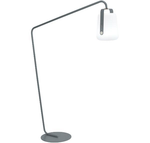 fermob-balad-leuchtengestell-gebogen