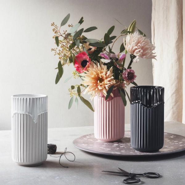 lyngby-porzellan-vase-mit-laufglasur
