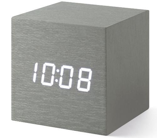 moma-alume-cube-clock