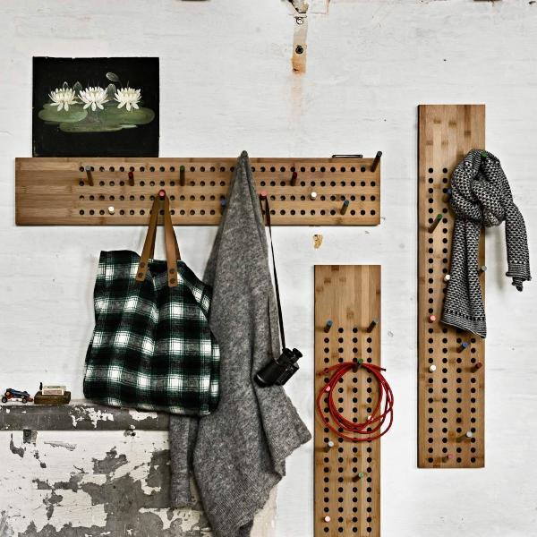 we-do-wood-scoreboard-garderobe-horizontal-originelle-garderoben