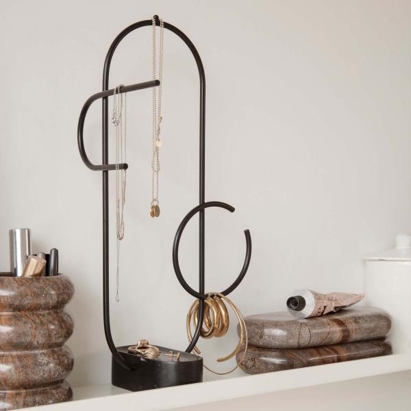 ferm-living-ou-jewellery-stand-schmuckstaender