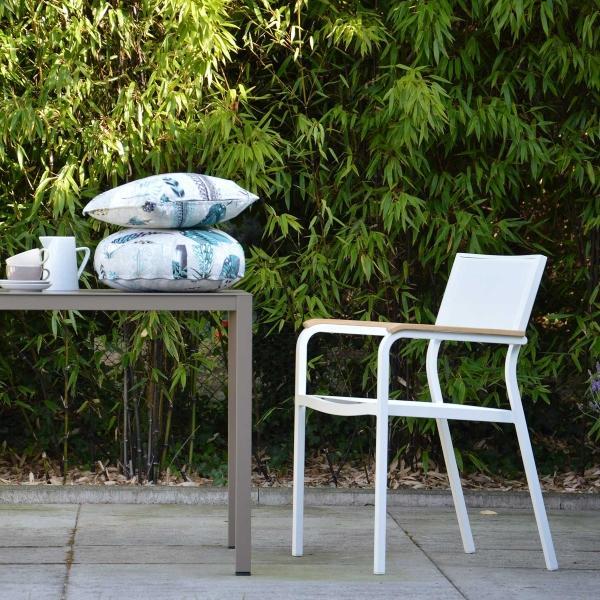 jan-kurtz-lux-stapelsessel-terrassengestaltung-tipps