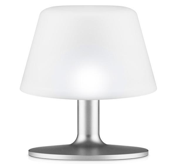 sunlight-tischlampe-eva-solo-solarlampen-fuer-den-garten
